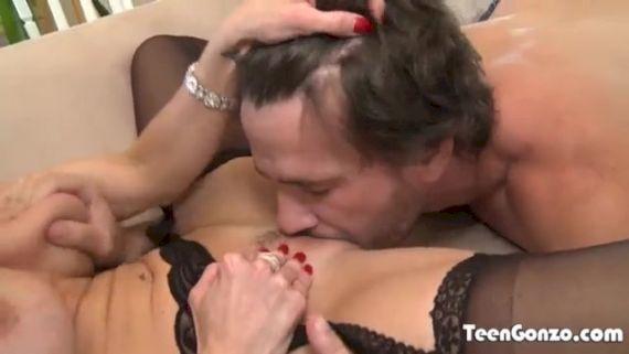Rencontrer une cougar du 77 pour du sexe sans tabou